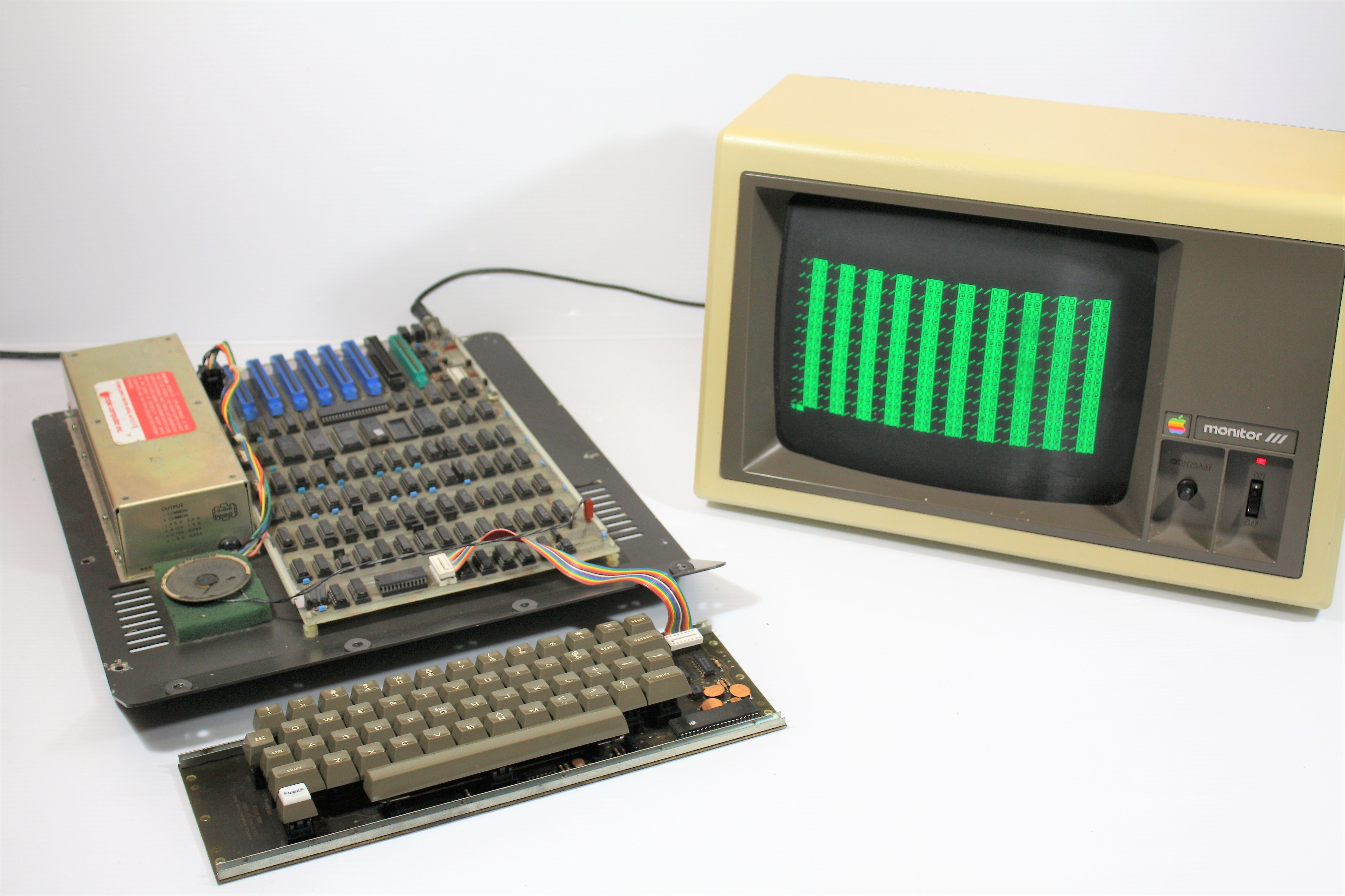 Apple II Rev 3: Clone or prototype? – VintageComputer.ca
